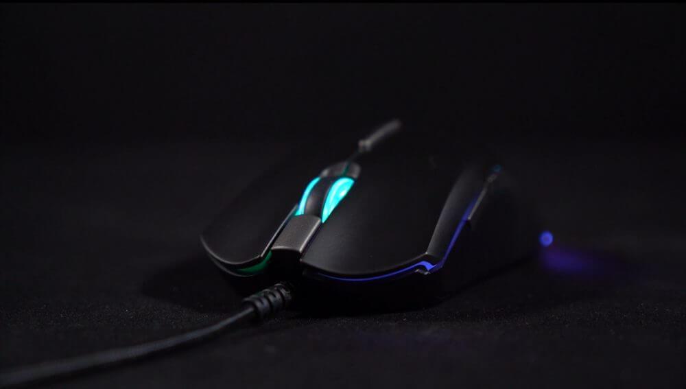 Fantech-Blake-X17-Pro-RGB-Gaming-Mouse